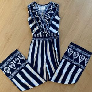 GILLI NAVY & WHITE JUMPSUIT WITH ELASTIC WAISTBAND